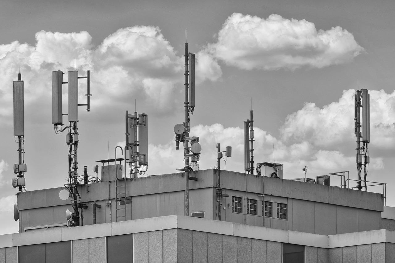 CURSO DE MONTAJE Y MANTENIMIENTO DE INFRAESTRUCTURAS DE TELECOMUNICACIONES EN EDIFICIOS